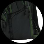 zwei Seitentaschen davon 1 mit Reißverschluss